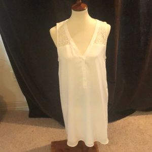 White tunic or mini dress